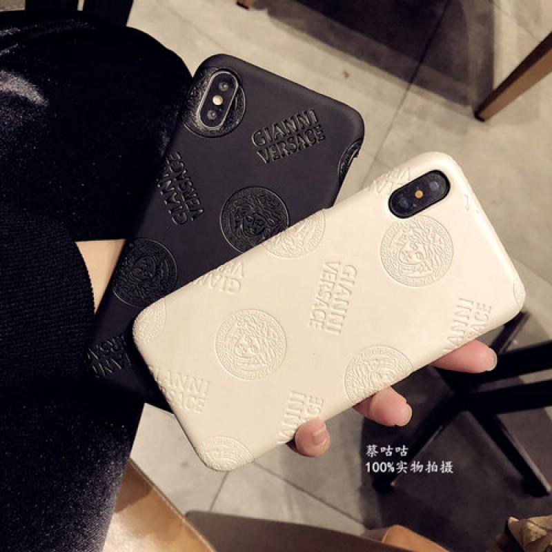 ブランドversace iPhone xr/xs max/xsケース ヴェルサーチ iphone x/8/7/se2スマホケース ジャケット Iphone6/6sカバー 凹み紋