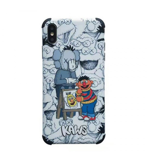 KAWS iphone se2/11r/11 pro/XIケース 可愛いキャラクター iphone xr/xs MAXケース 個性プリント アイフォン x/8/7 plusカバー ファッション大人気