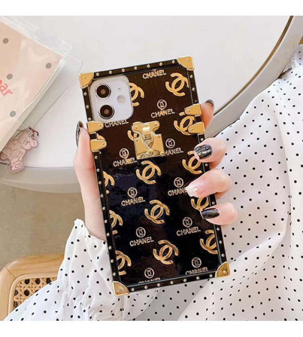 Chanel/シャネルiphone 12 ケース男女兼用人気ブランドビジネス ストラップ付きiphone 11/x/8/7/se2スマホケース ブランド LINEで簡単にご注文可モノグラム iphone11pro maxケース ブランド