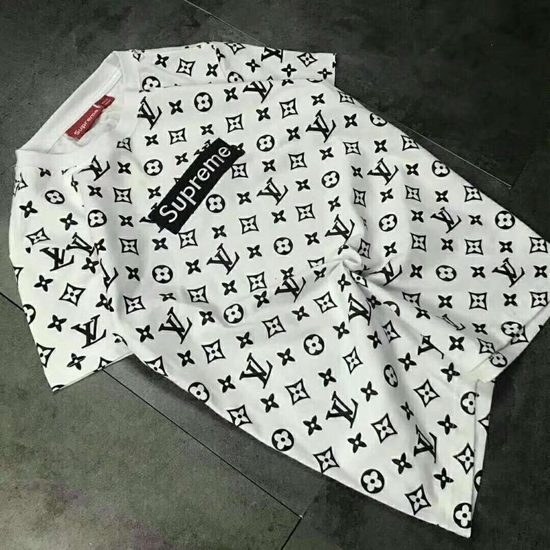 シュプリーム Tシャツ