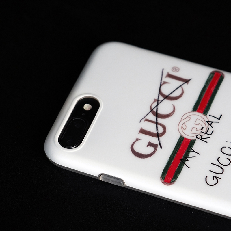 Gucci アイフォンXケース