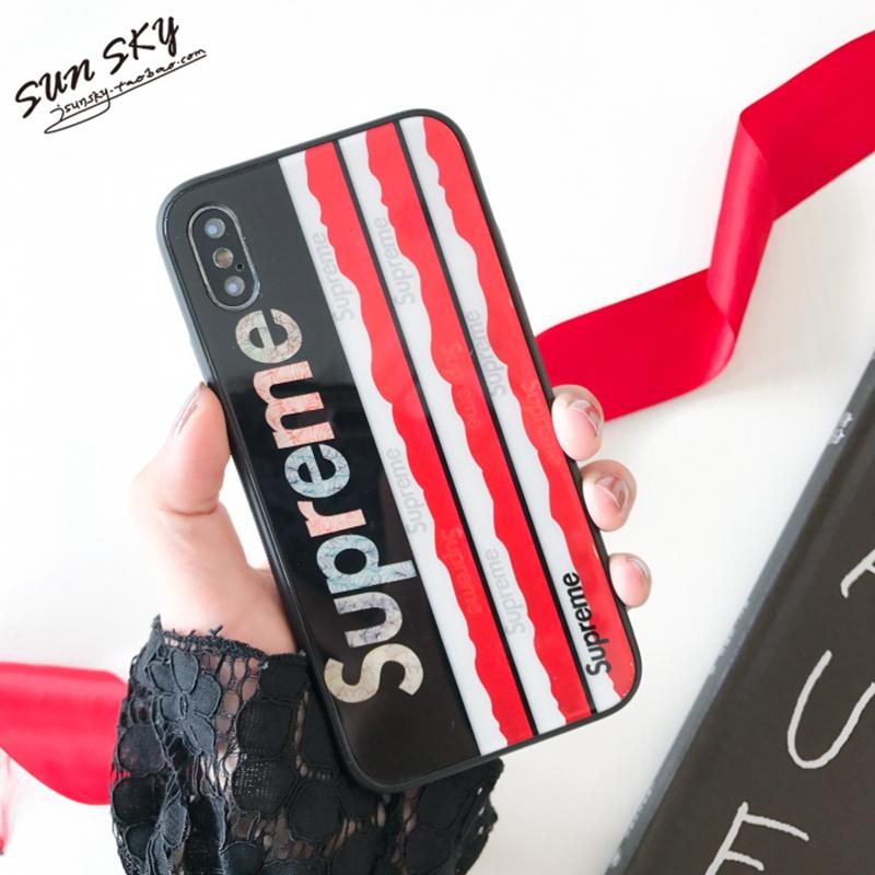 iphone xrケース ブランド Supreme