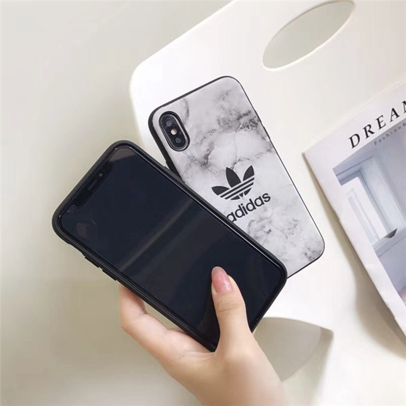 adidas iPhonexs plusケース