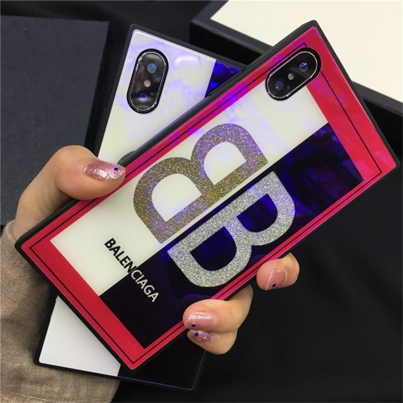 iPhone xカバー ブランドバレンシアガ