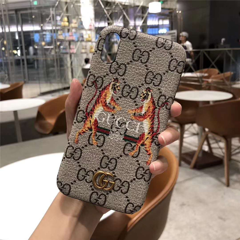 iphone xs maxケース ブランド グッチ