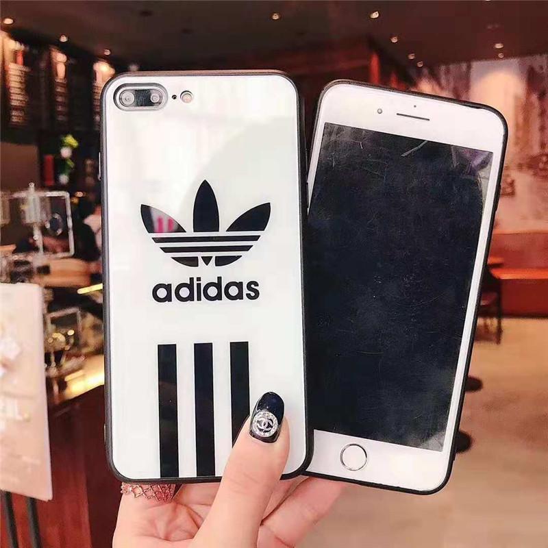 iPhone xs maxケース ブランド アディダス