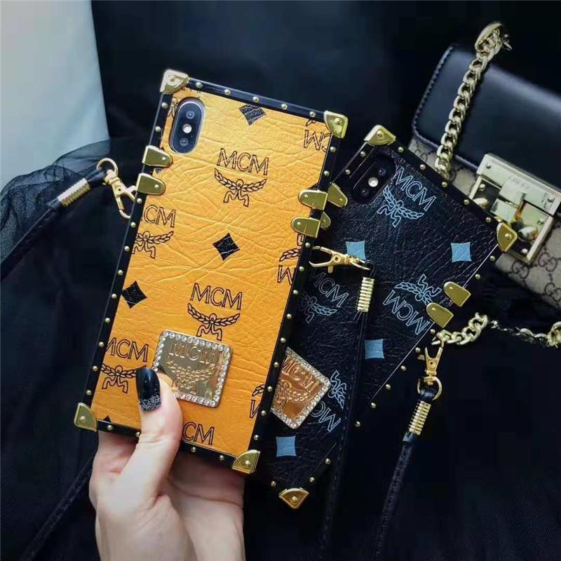 iphone xsケース エムシーエム