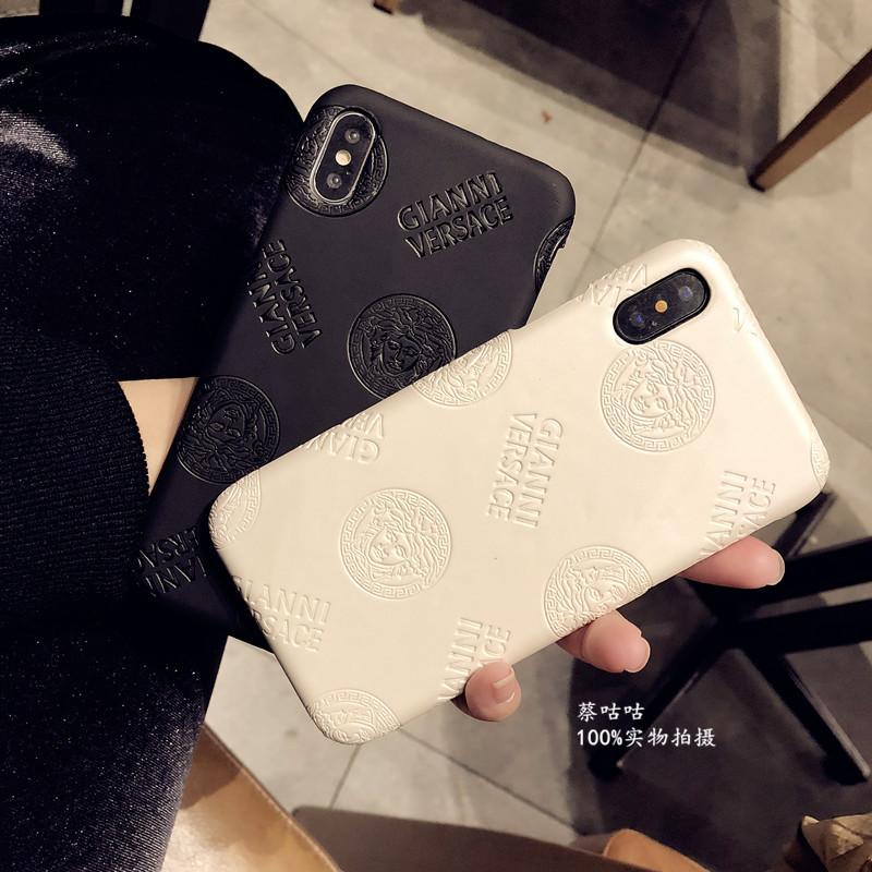 iphone xsケース ヴェルサーチ