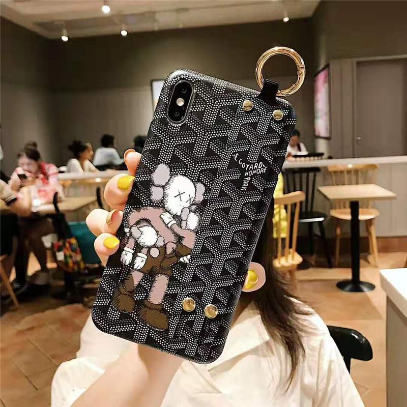 ハンドベルト付き iphone 8/7プラスケース ゴヤール
