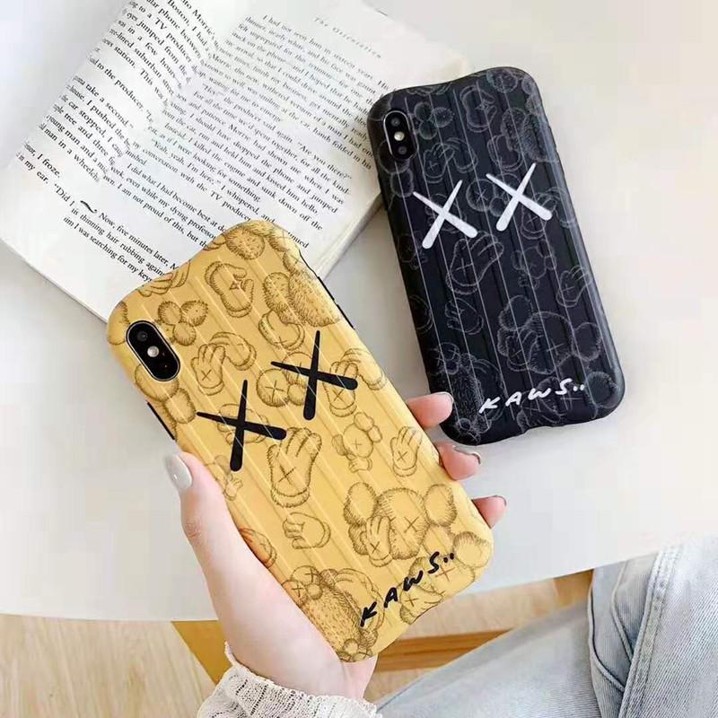 kaws iphone xr/xs maxケース可愛いオシャレ