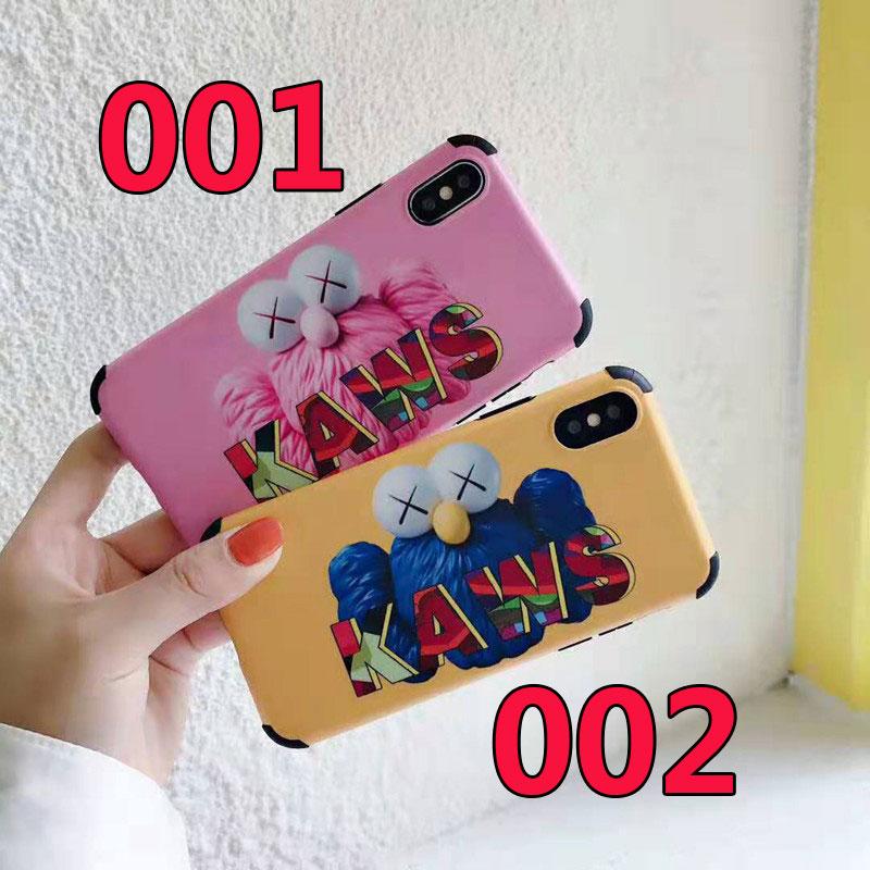 iphone xr/xs maxケース kaws 個性キャラクター