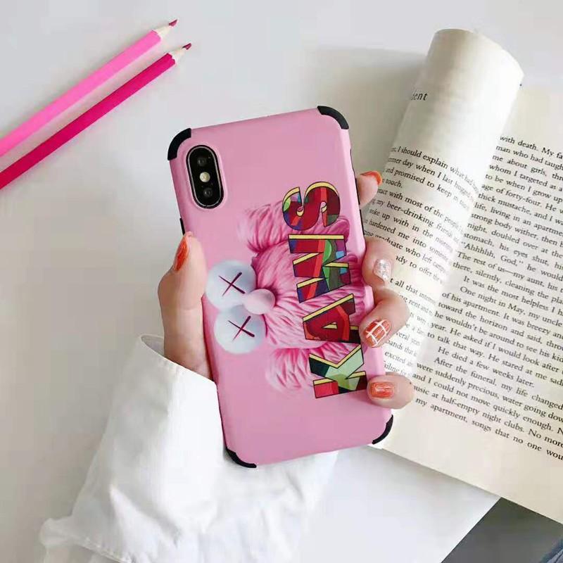 kaws iphone x/8/7 plusケース