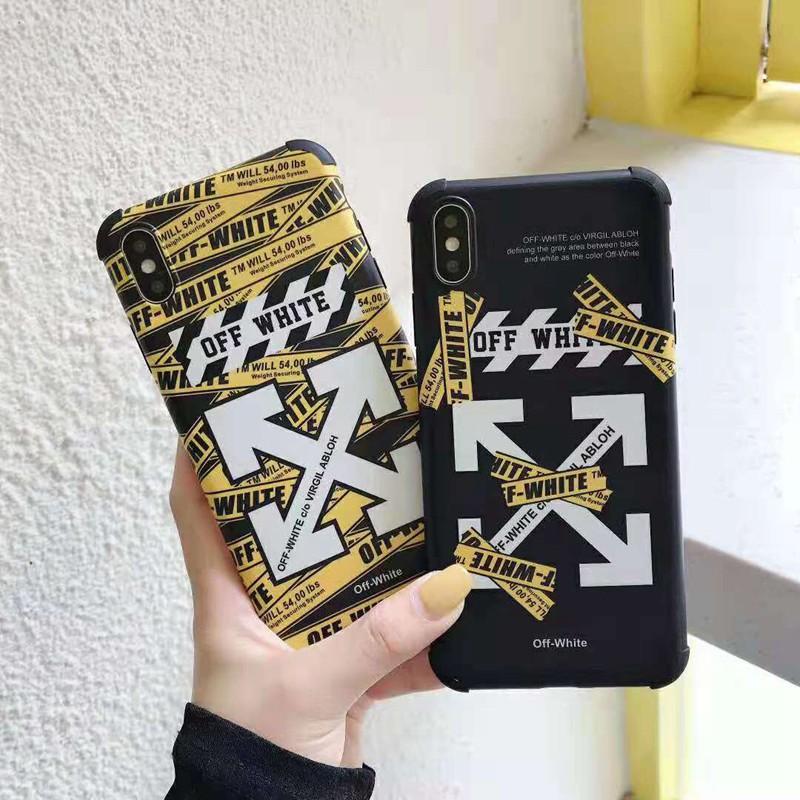 人気ブランドiphone xr/xs maxケース オーフホワイト