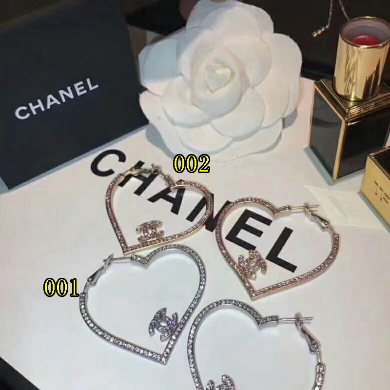 chanel 心型ピアス