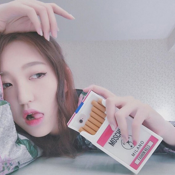 タバコ iphone7s/8スマホケース モスキーノ