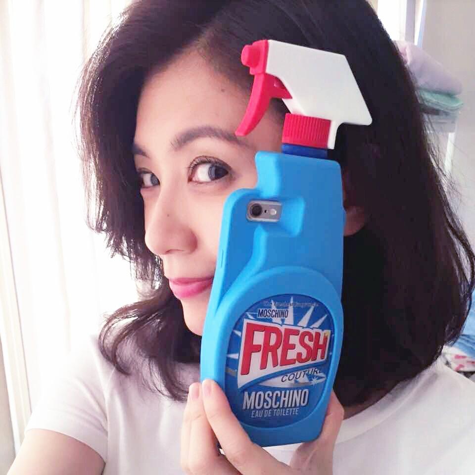 モスキーノ iPhone7 plusケース 洗剤柄