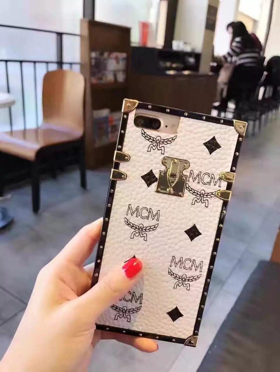 iphone7ケース エムシーエム ブランド