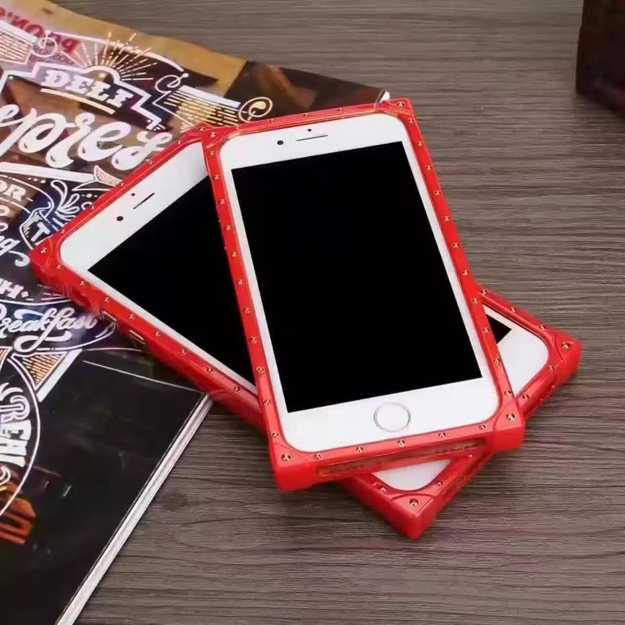 シュプリーム ブランド iphone7/7 plusカバー